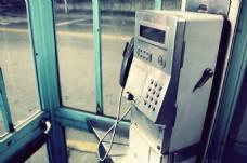 老式电话亭电话图片