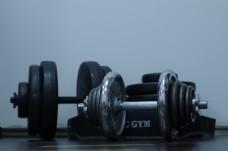 健身器材哑铃图片