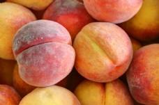 一堆桃子图片