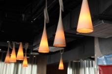 餐吊灯摄影图片
