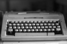 黑白老式打字机图片