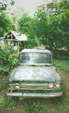 破旧的汽车