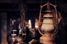 古老的煤油灯