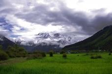 西藏雅鲁藏布大峡谷风景