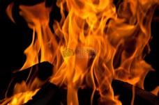 熊熊燃烧的火焰