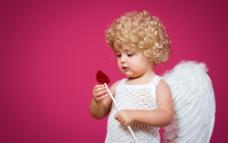 带翅膀的小孩图片